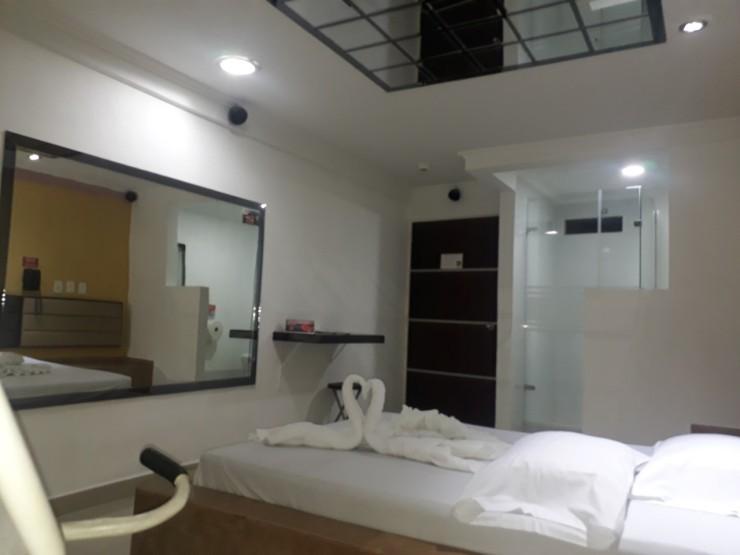 motel fantasia 9